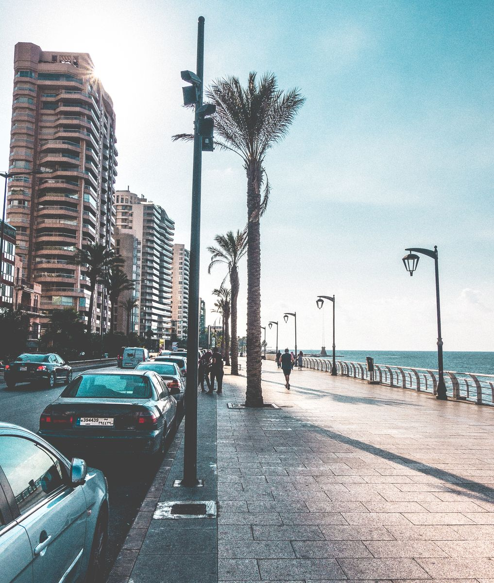 Beackwalk - Beirut